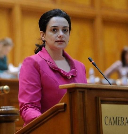 Fădor (PNL): PSD trebuie să iasă din capcana întinsă de cei care propagă fake news și să voteze legea de prevenție împotriva riscurilor epidemiologice