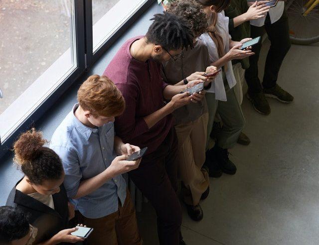 SUA analizează interzicerea unor aplicaţii chineze de social-media