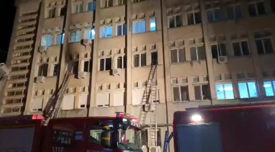 Medic, după incendiul din Neamț: În orice secție ATI din țară se poate întâmpla oricând aceeași tragedie din cauza instalațiilor vechi