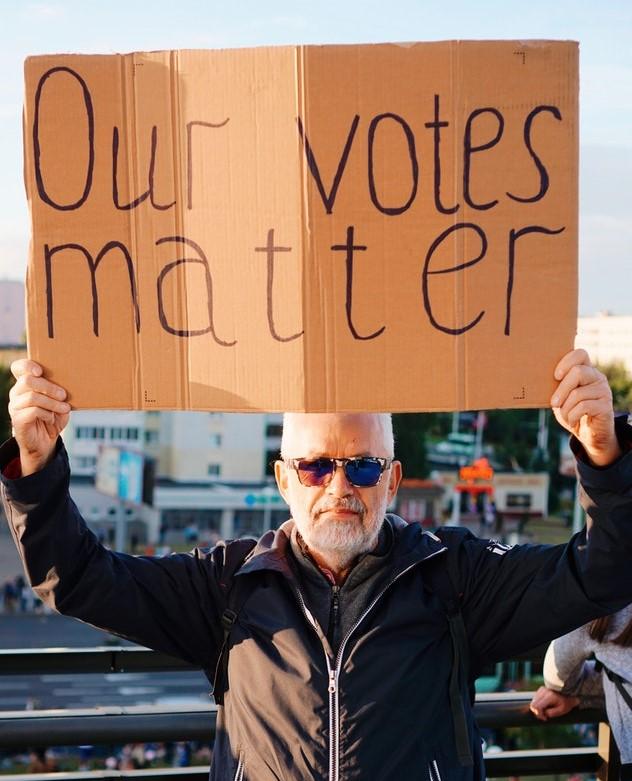 Mâine, în timpul zilei, luăm pulsul votului la alegerile parlamentare…