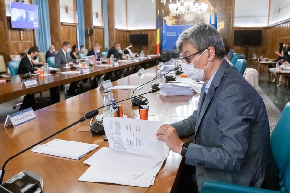Virgil Popescu: Vrem să accelerăm aprobarea legii consumatorului vulnerabil (Video)